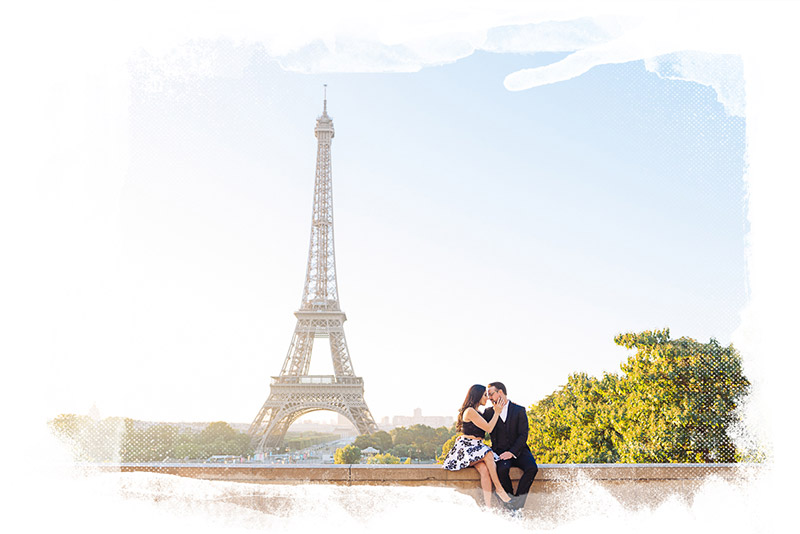 kissing-eiffel-tower