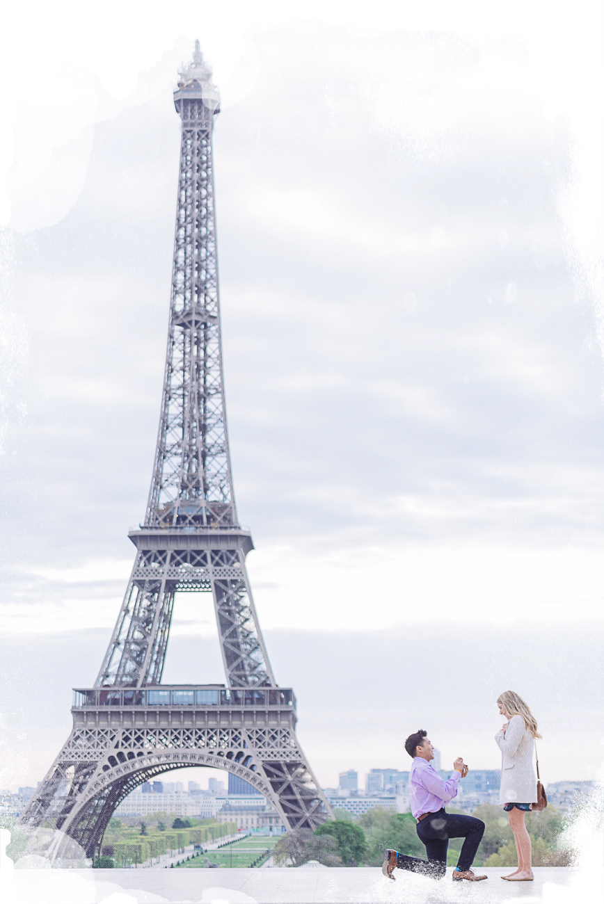 paris proposal in front of the eiffel tower