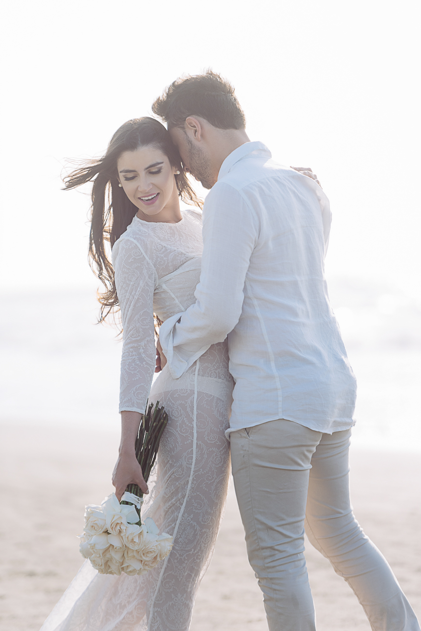 bride-groom-intimate-cartagena-beach-61