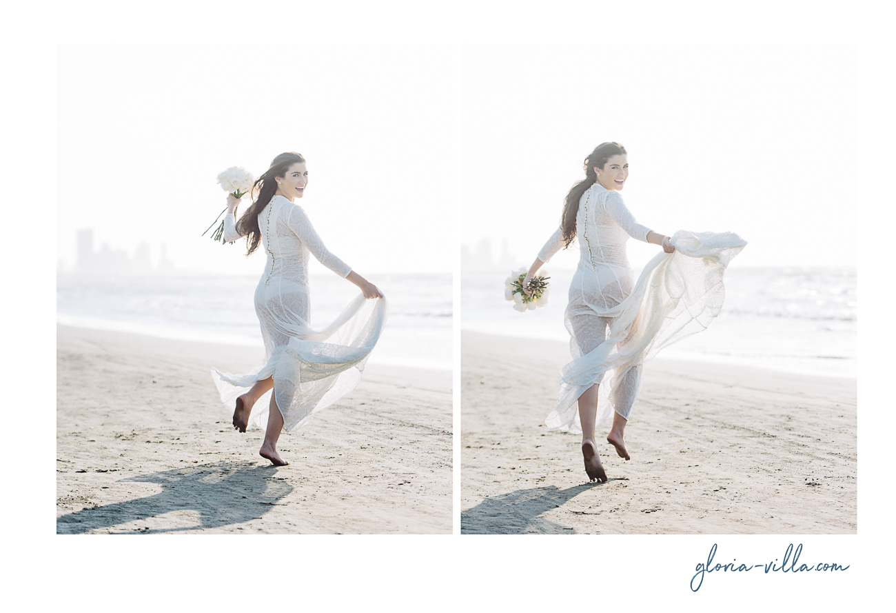 bride-running-in-cartagena-sea-15