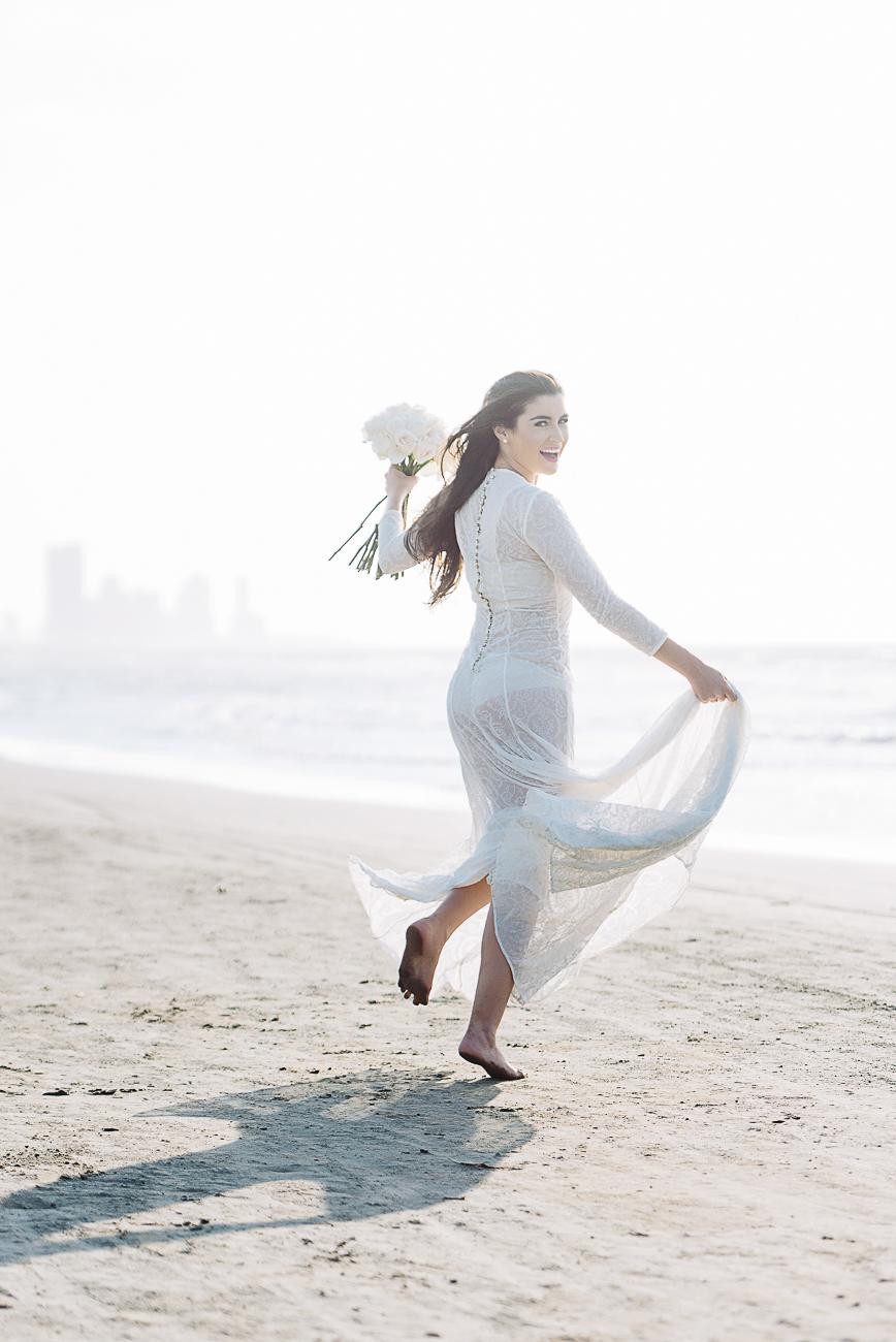engagement-shoot-cartagena-beach-58
