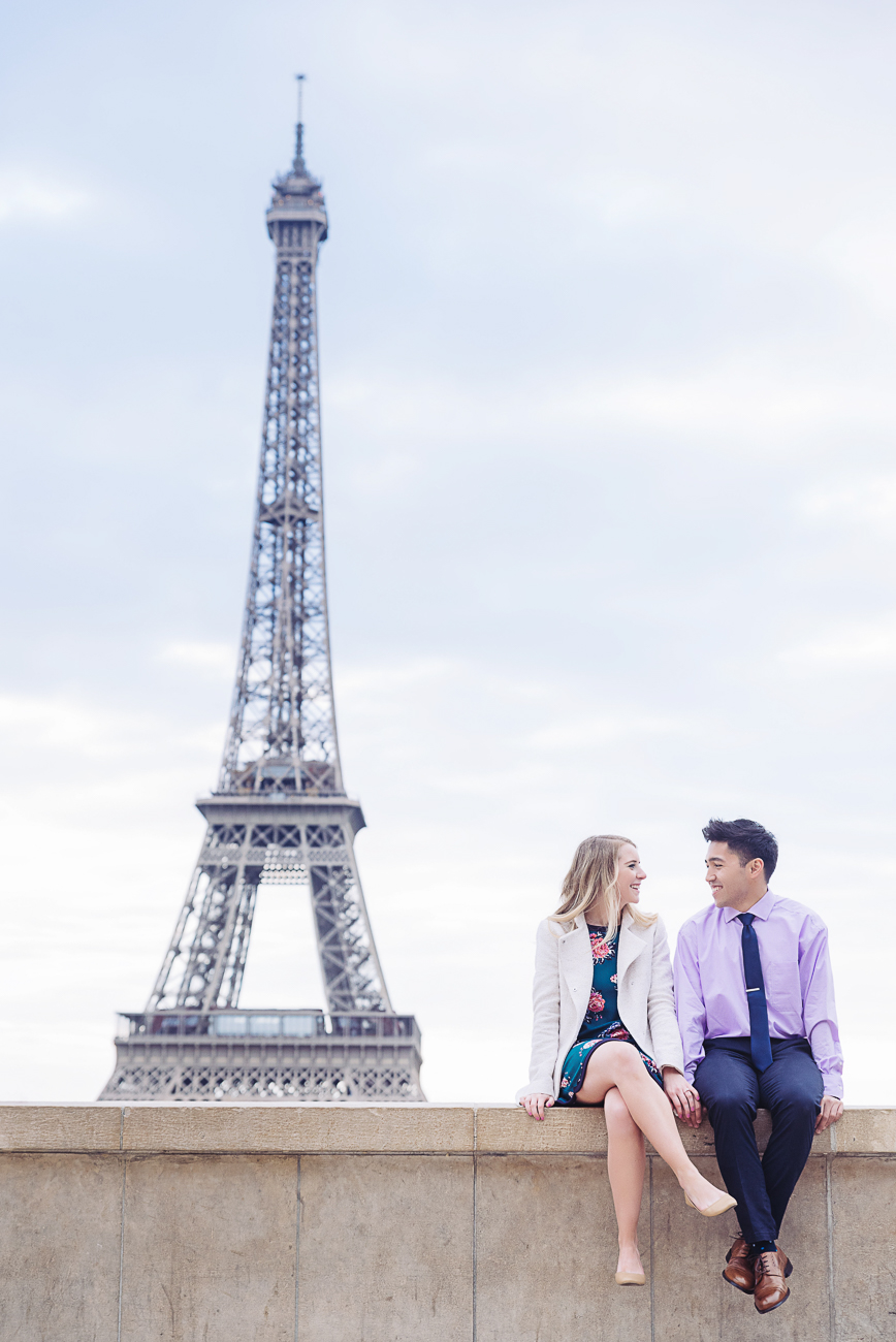 gloria-villa-engagement-photo-shoot-paris