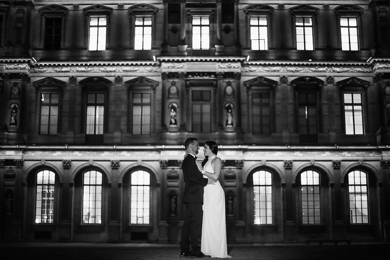 gloria-villa-louvre-engagement-paris