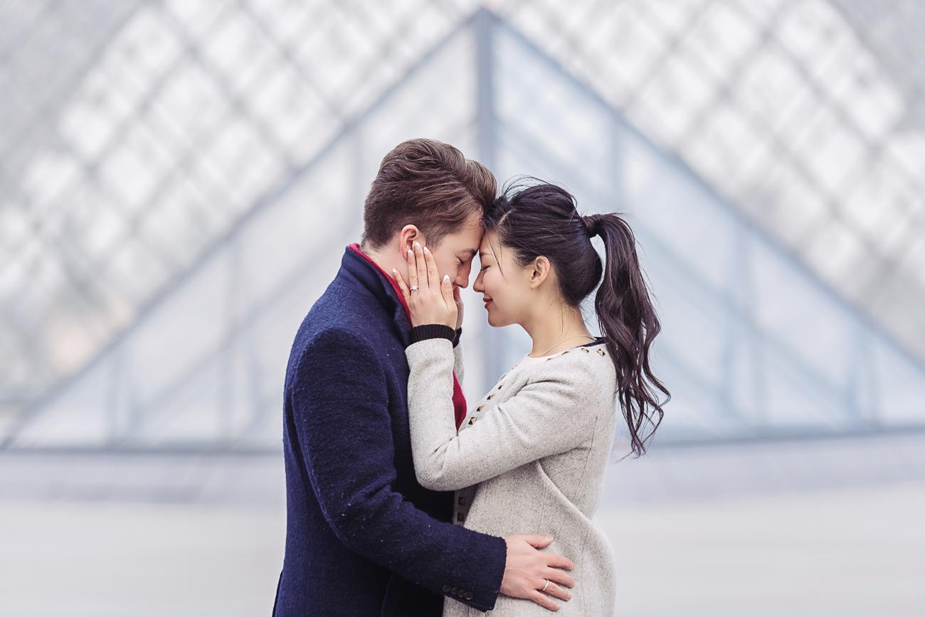 gloria-villa-pareja-comprometida-paris