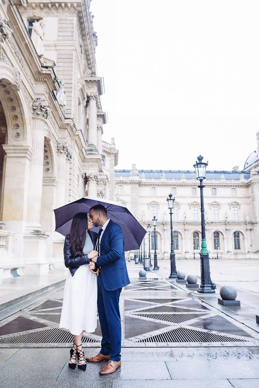 gloria-villa-paris-proposal-couple-photo-shoot