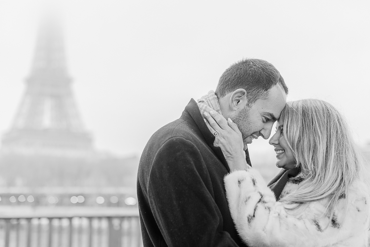 gloria-villa- romantic-eiffel-tower