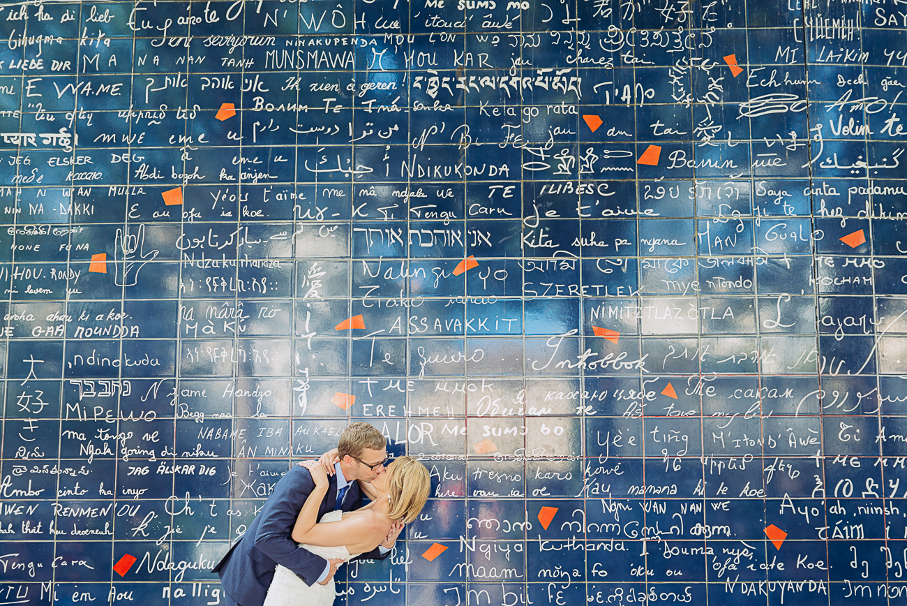 gloria-villa-wedding-love-wall-paris