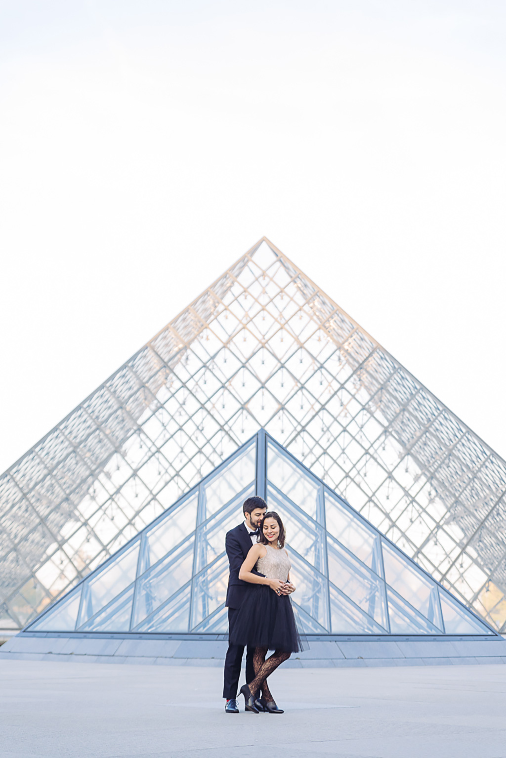 gloria-villa-paris-engagement-photographer-(14)