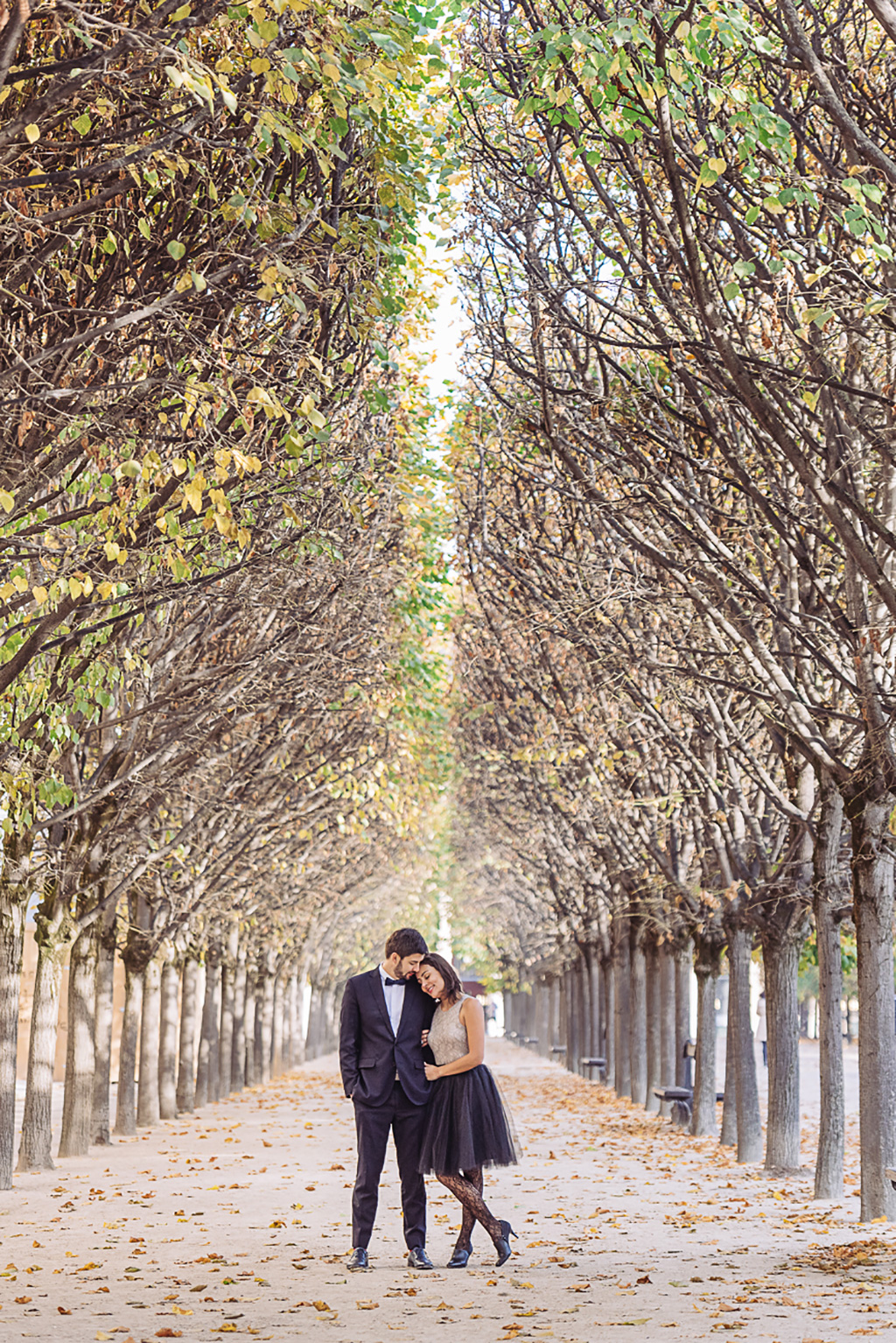 gloria-villa-paris-engagement-photographer-(29)