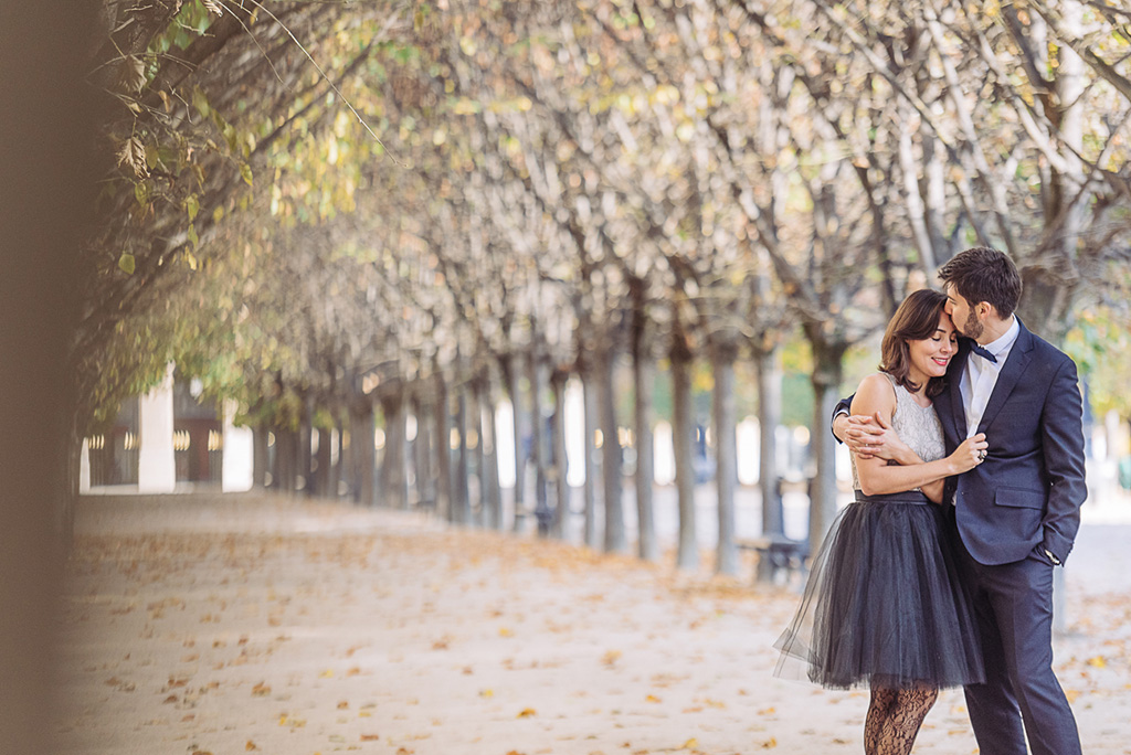 gloria-villa-paris-engagement-photographer-(30)