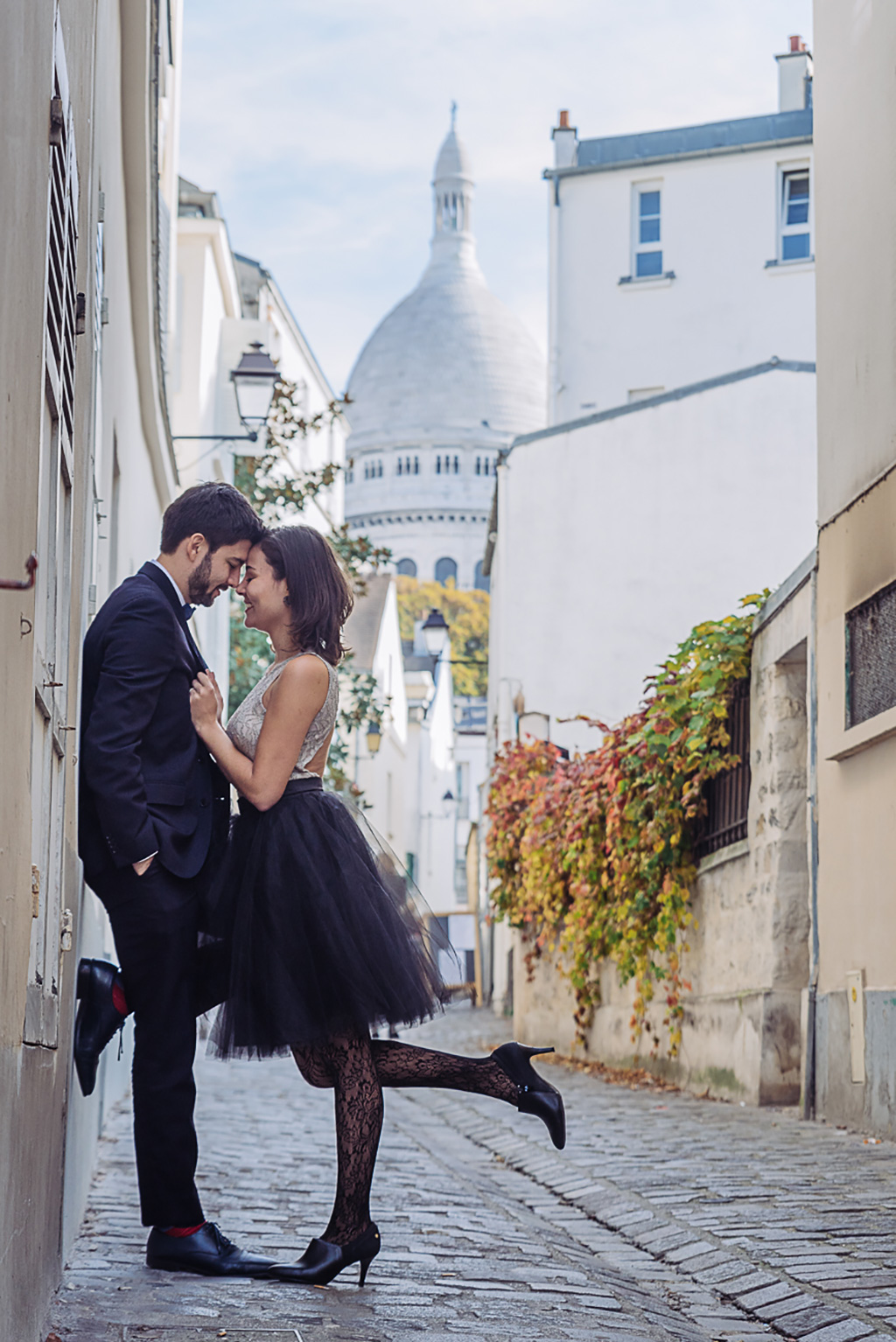 gloria-villa-paris-engagement-photographer-(40)
