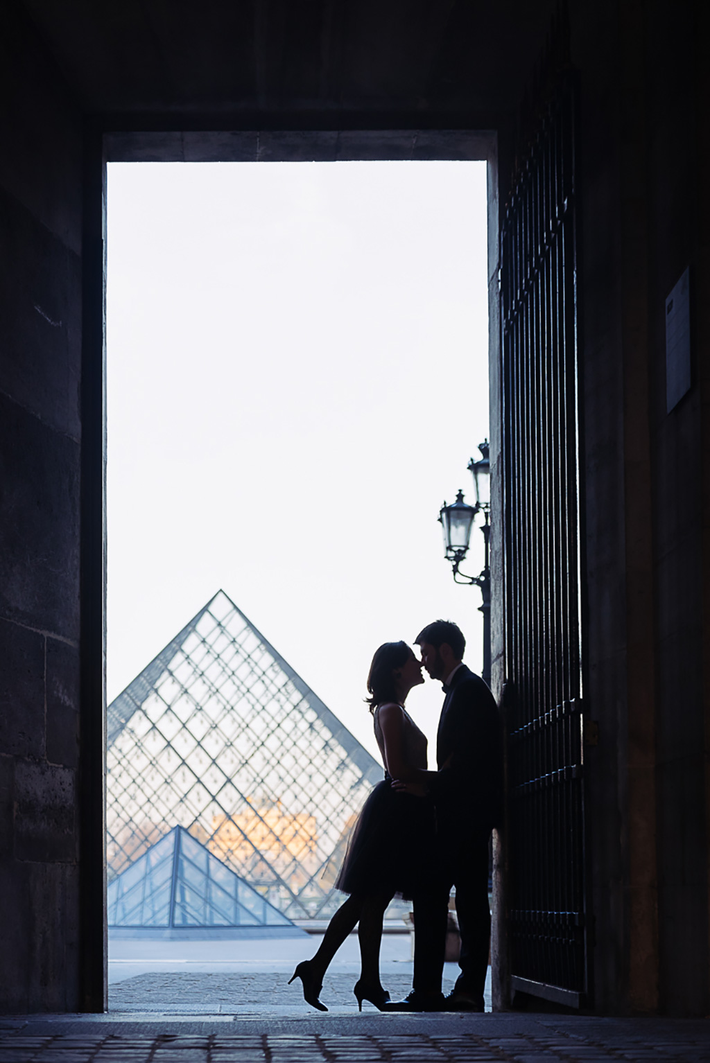 gloria-villa-paris-engagement-photographer-(5)