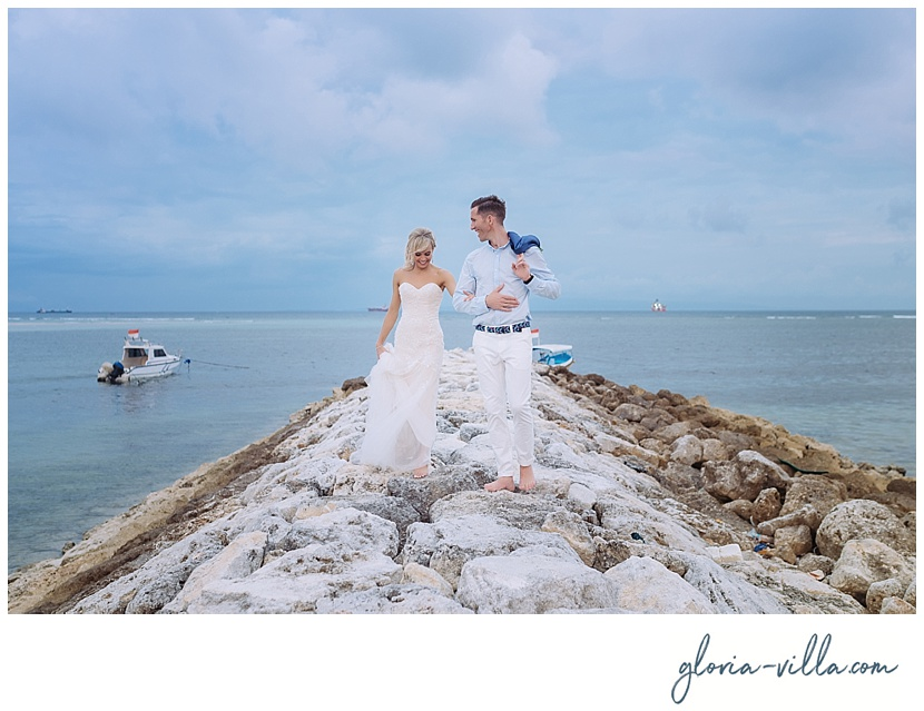 bali-wedding-beach-couple