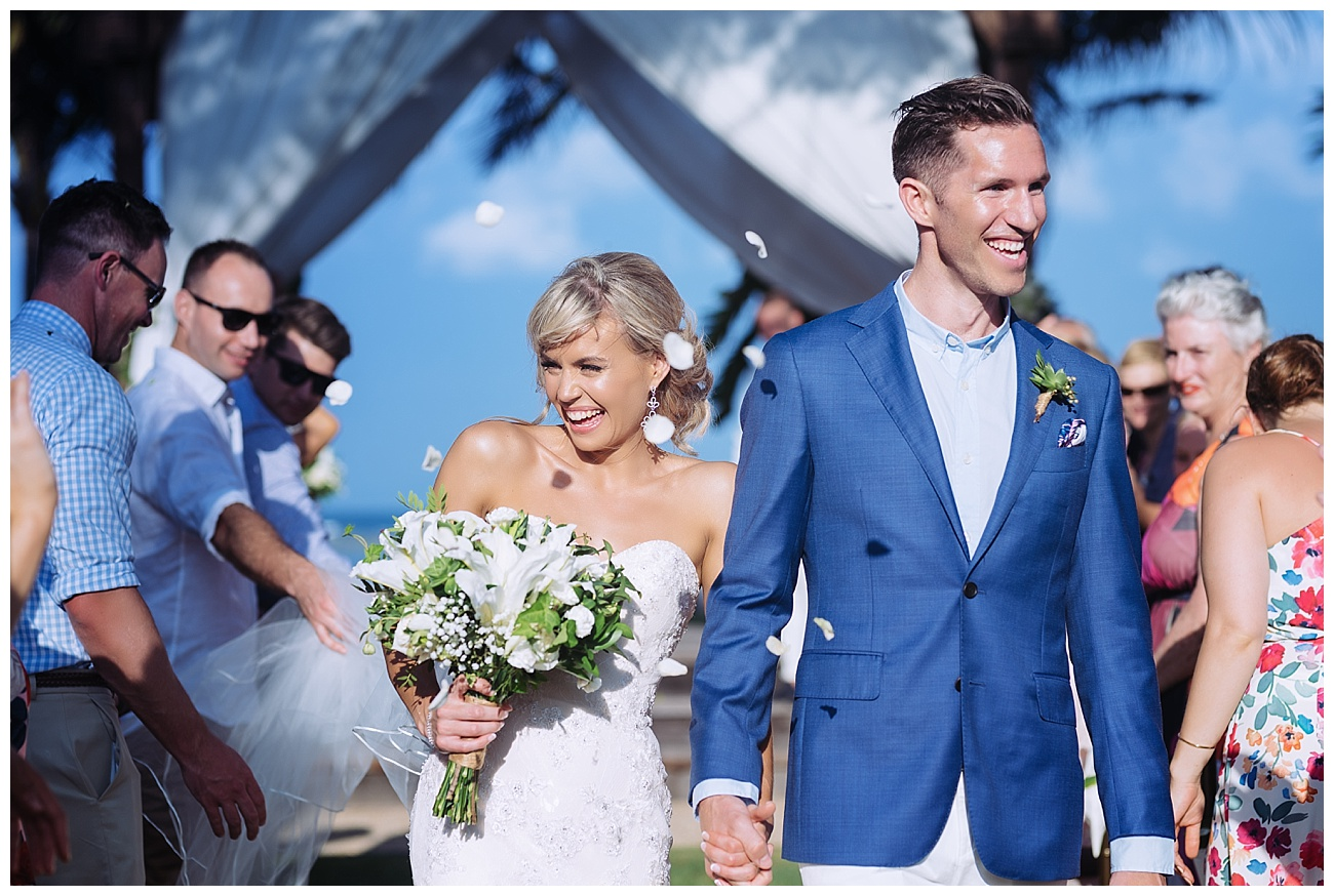 bali-wedding-petals