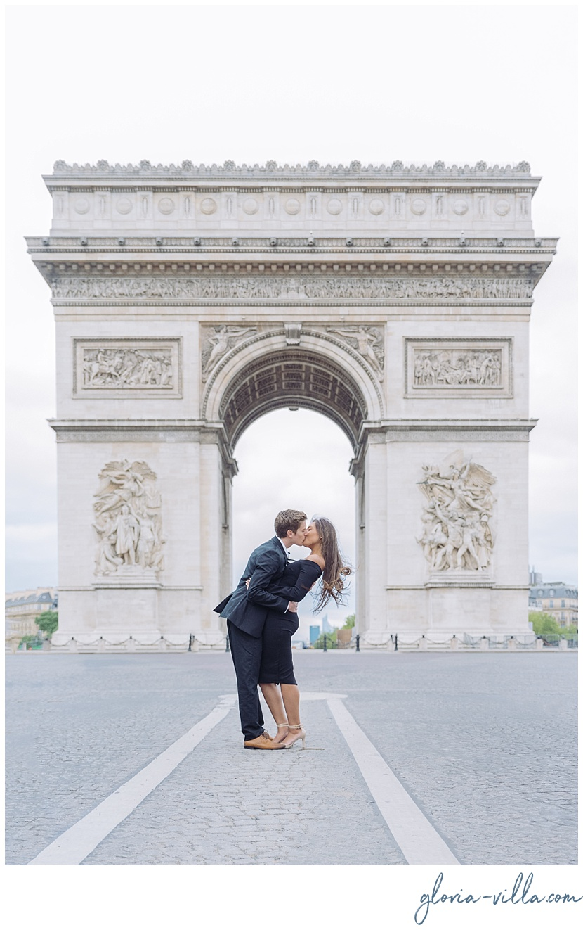 fotografo en paris arco del triunfo gloria villa