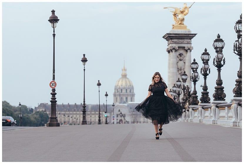 boudoir photography in Paris by gloria villa portrait photo session