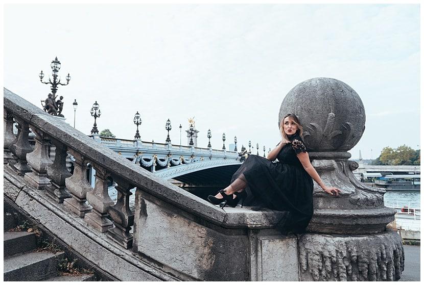 boudoir photography in Paris by photographer gloria villa
