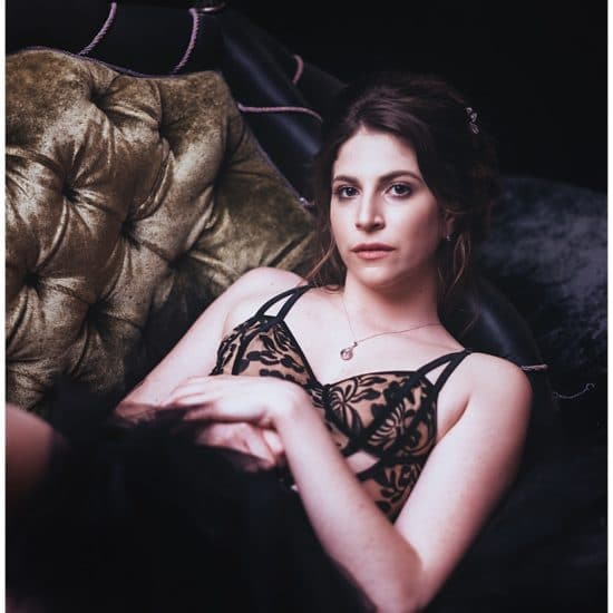 boudoir photography in Paris by gloria villa best