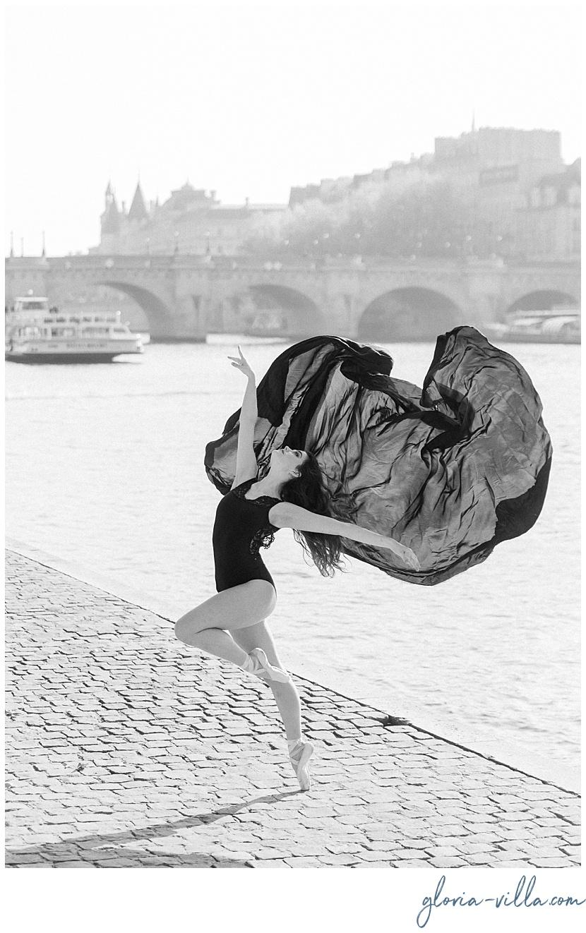 paris boudoir photoshoot portrait session