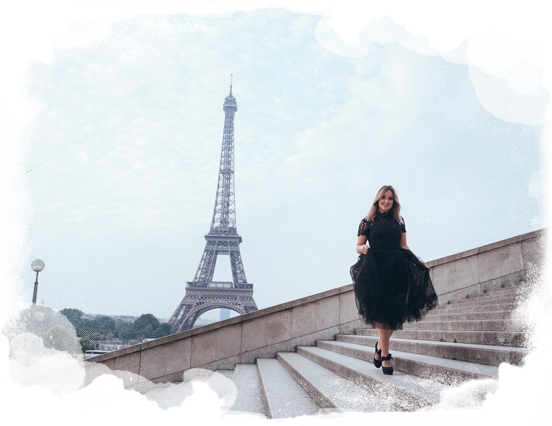 sesión de fotos de boudoir en la torre Eiffel gloria villa