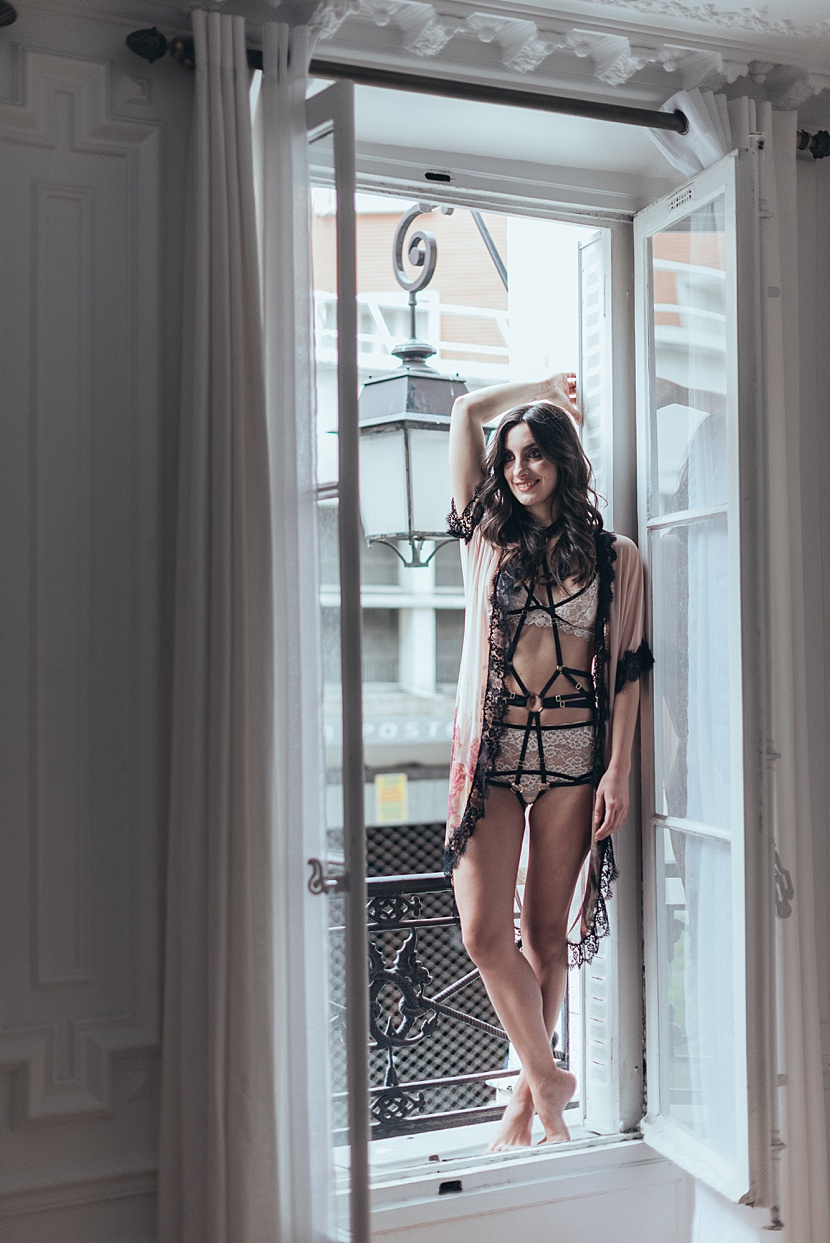 Fotografía de boudoir en París con Gloria Villa